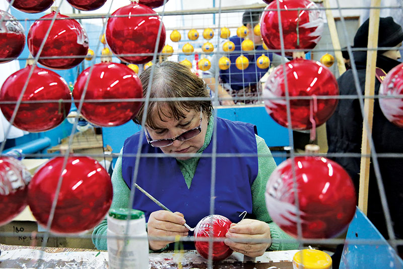 ukraines christmas ornaments light up more of the world