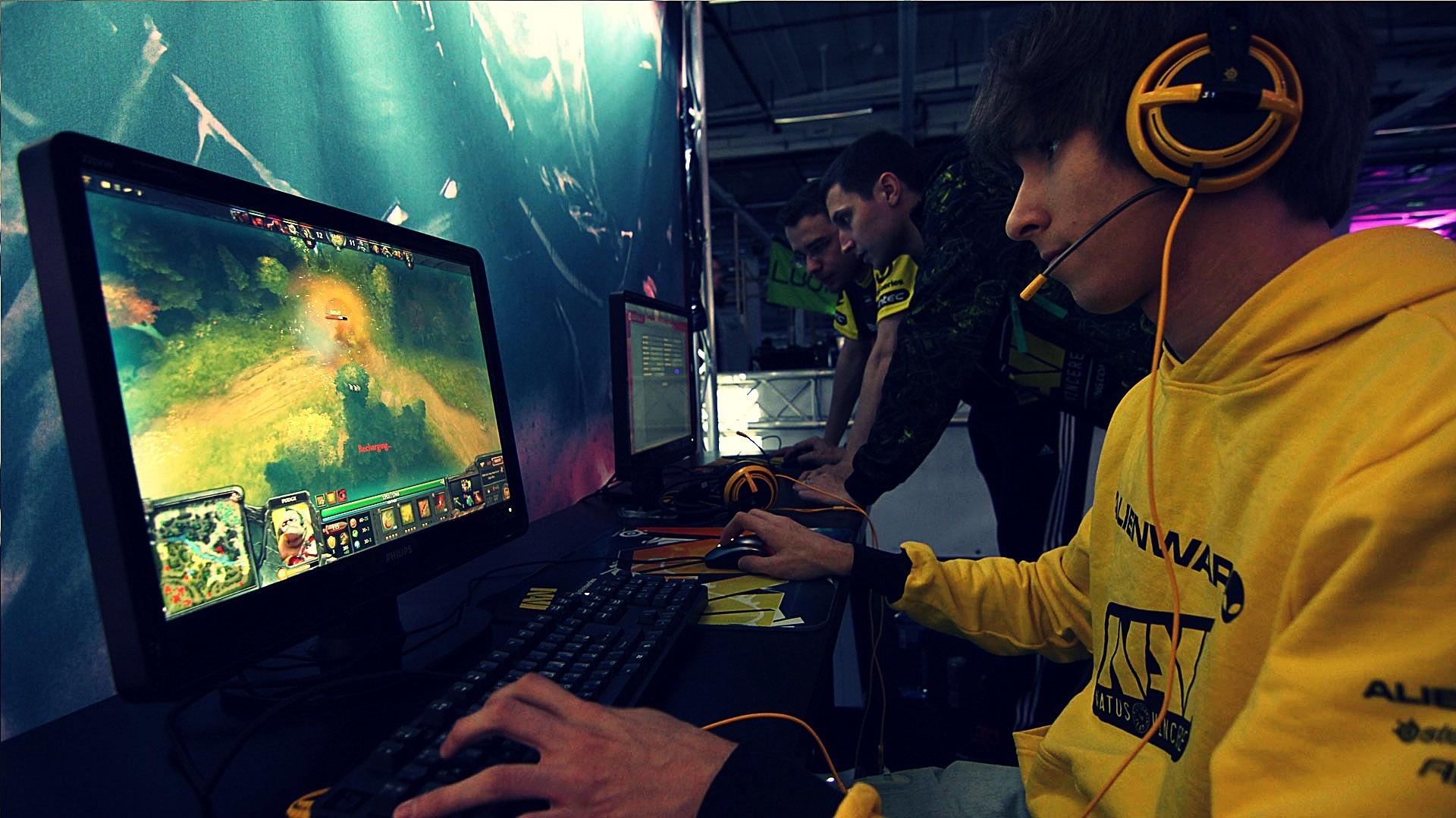 Ukrainian becomes world's top online gamer   KyivPost